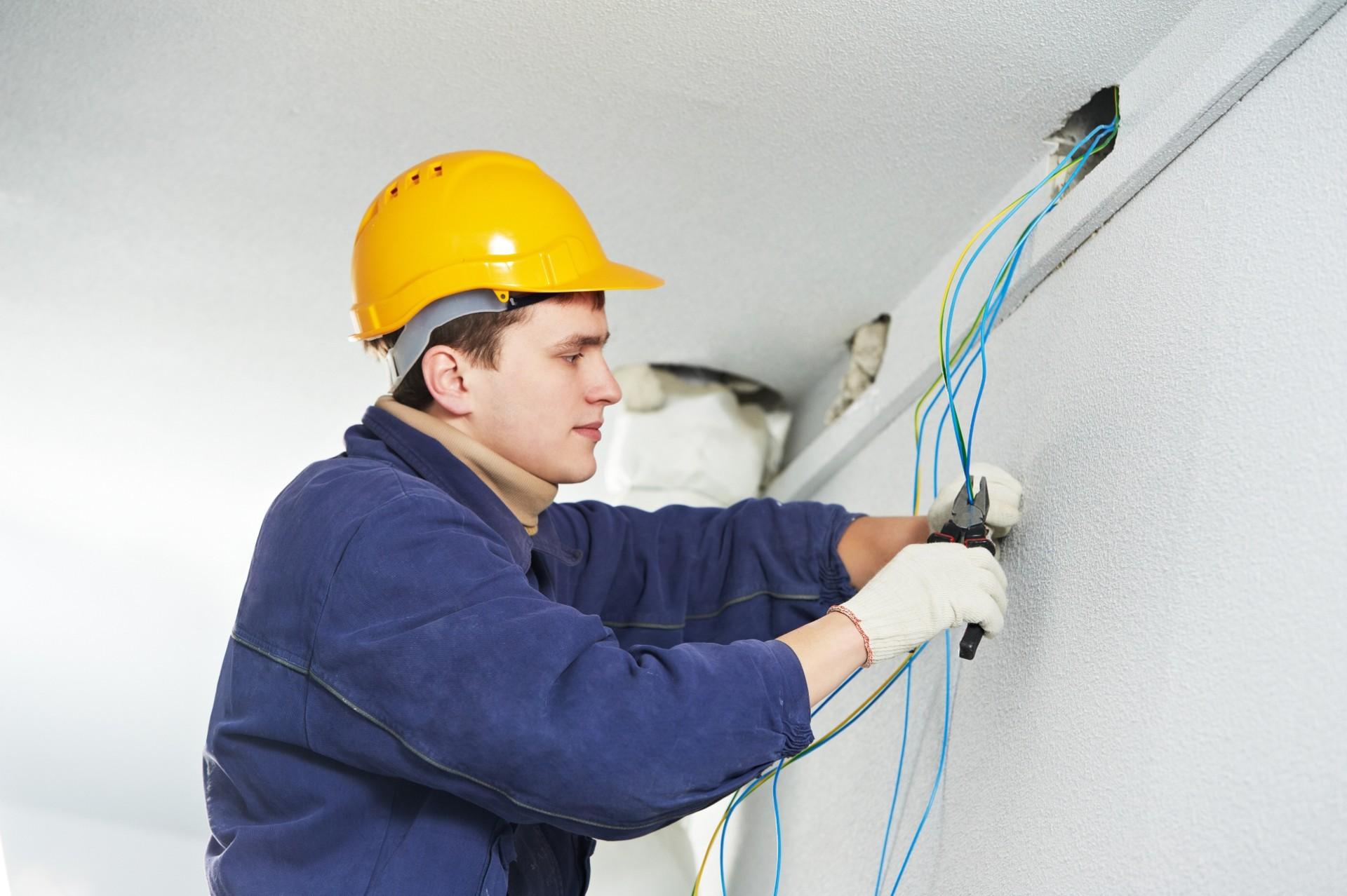 Astuces pour installer l'électricité de votre maison neuve